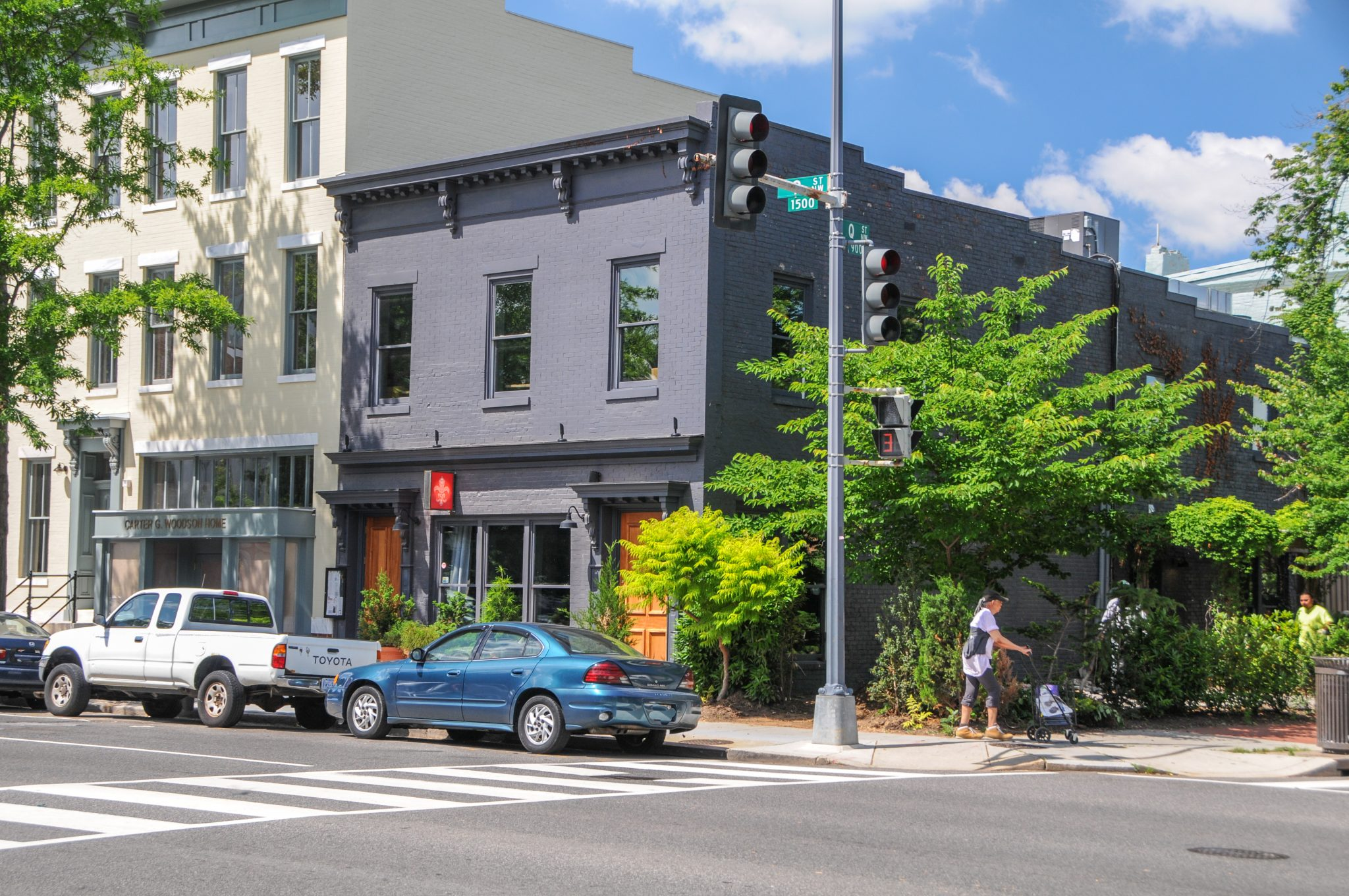 Fernandez and Fallon Retained to Sell Prime Shaw Neighborhood Retail